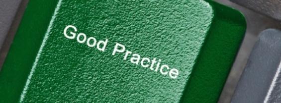 L'immagine mostra una tastiera con un tasto verde con la scritta Good Practice