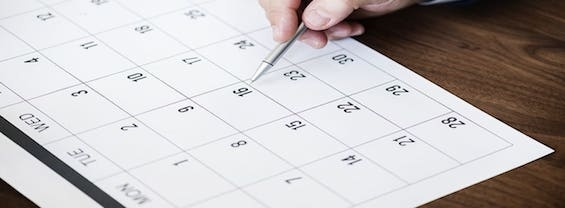 L'immagine mostra un calendario mensile